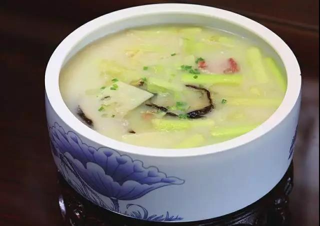 最冷三九天,干了这碗山东特色汤品,包你暖心又暖胃!