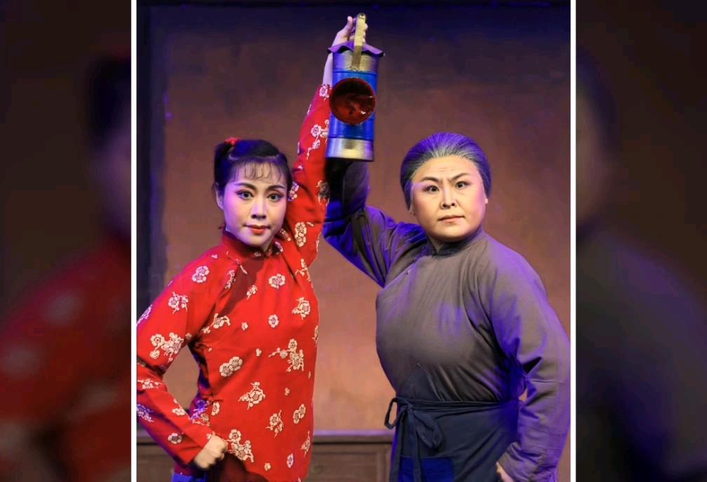 现代版的《红灯记》,滨州市京剧团刚排的!