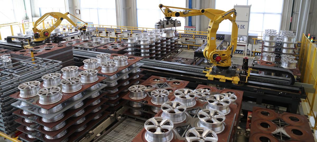 盟威戴卡在行业内率先设计并投入使用的智能化调度系统,可实现自动排产、自动调度、自动计算。