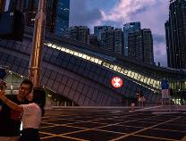 人民日报评论:东方之珠,迈入高铁时代