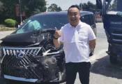 """""""最贵面包车""""雷克萨斯LM遭遇首撞,车主乐观面对"""