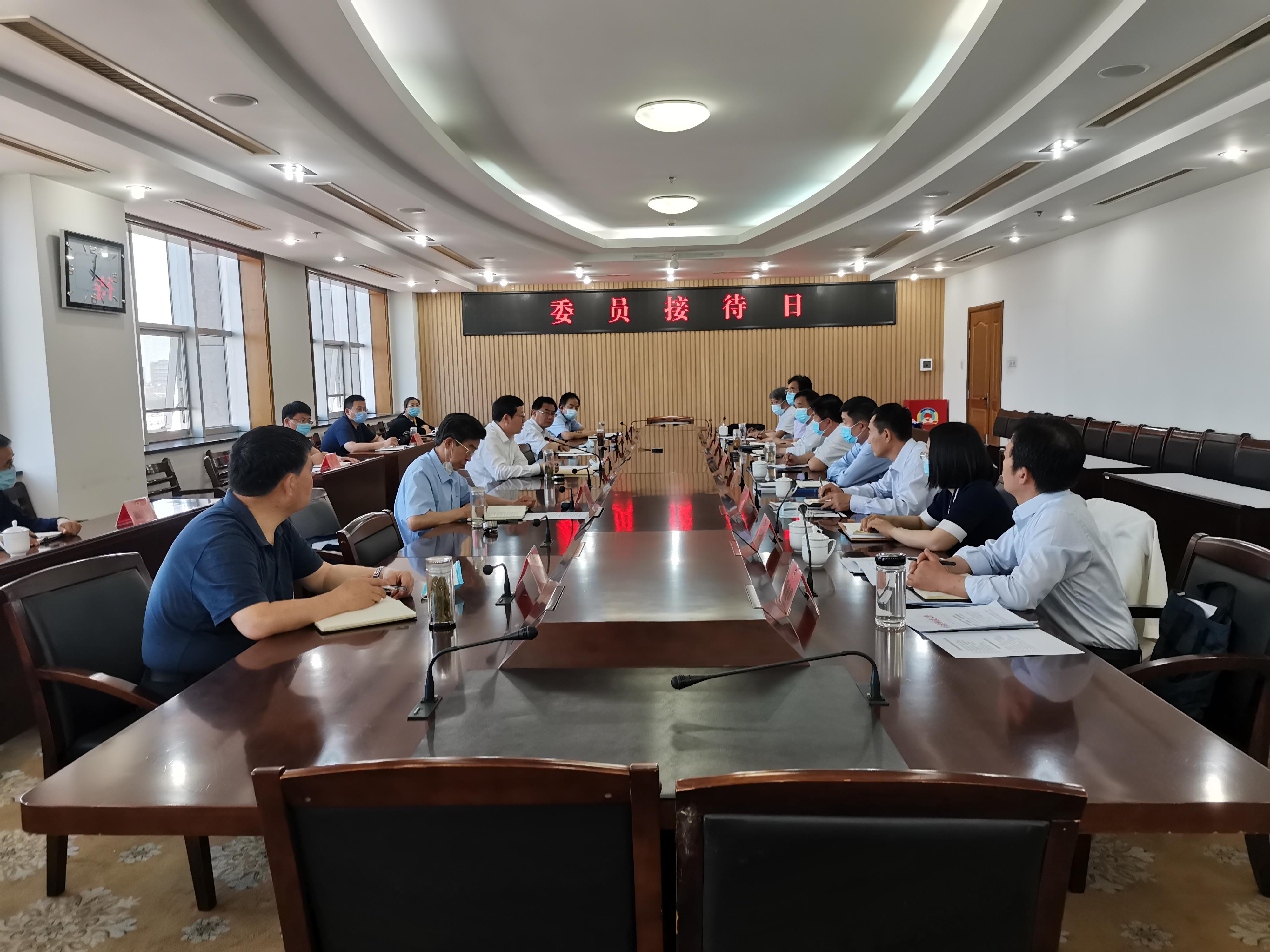 """滨州市政协围绕""""三专干部队伍建设的有效路径""""主题开展委员接待日活动"""