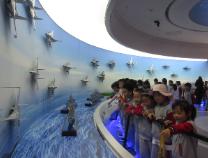 清怡小学师生家长走进市人防科普教育体验馆 在声光电中体验科技魅力