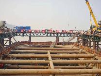 濱州黃河大橋唯一水中主墩承臺澆筑完成
