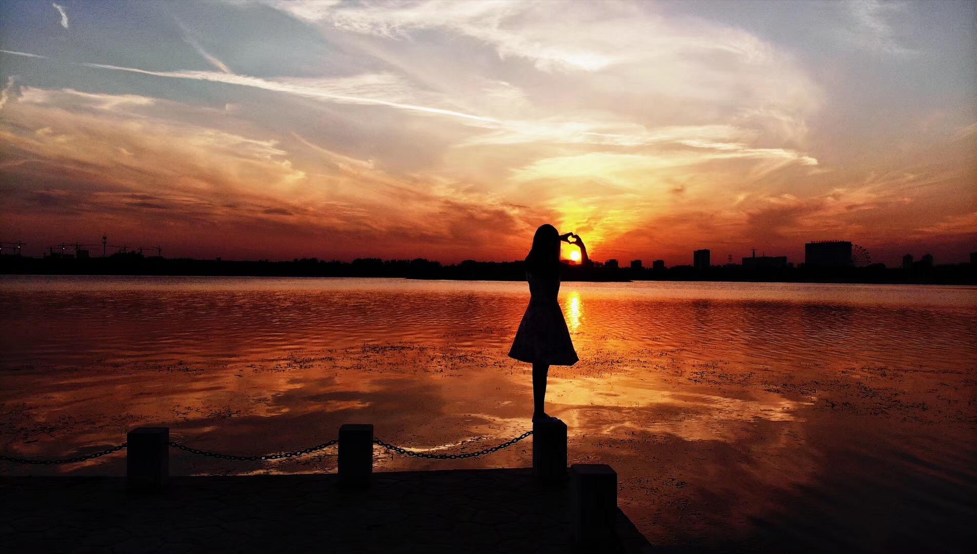 夕阳·晚风