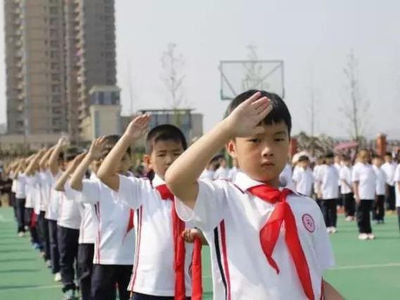 刘长铭:教育要更加关注人精神与心灵的培育