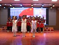 阳信温店镇中心小学:诵读经典献礼新中国成立70周年