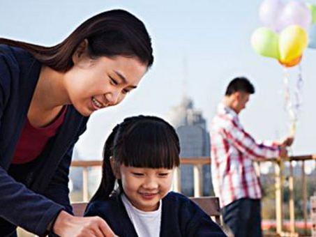 最好的教育关系是:家长支持老师,老师支持孩子
