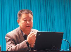 """教育专家王金战来滨谈""""怎样做一个智慧型家长"""""""