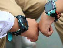 媒体关注儿童电话手表:或过度吸引注意力,还会引发攀比行为