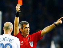 """灵感在这儿!""""偷师""""红绿灯 才有了足球赛中的红黄牌"""