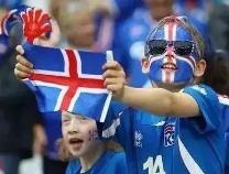 """学习冰岛更要坚定""""校园足球"""""""