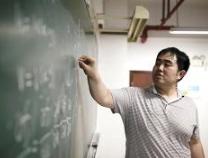 """中国青年报:名校毕业生从事什么工作才不算""""坠落""""?"""