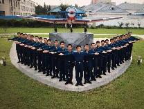 中国人民解放军空军向山东省北镇中学发来贺信