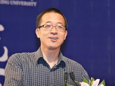 俞敏洪:先别要求孩子考一个好大学,这4样东西更重要