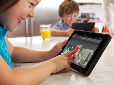 孩子暑间视力下降成常态 如何控制电子产品使用时间?